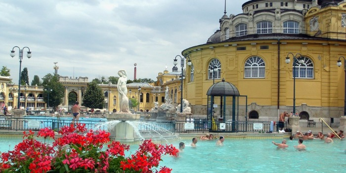 A Guide to Thermal Baths in Budapest